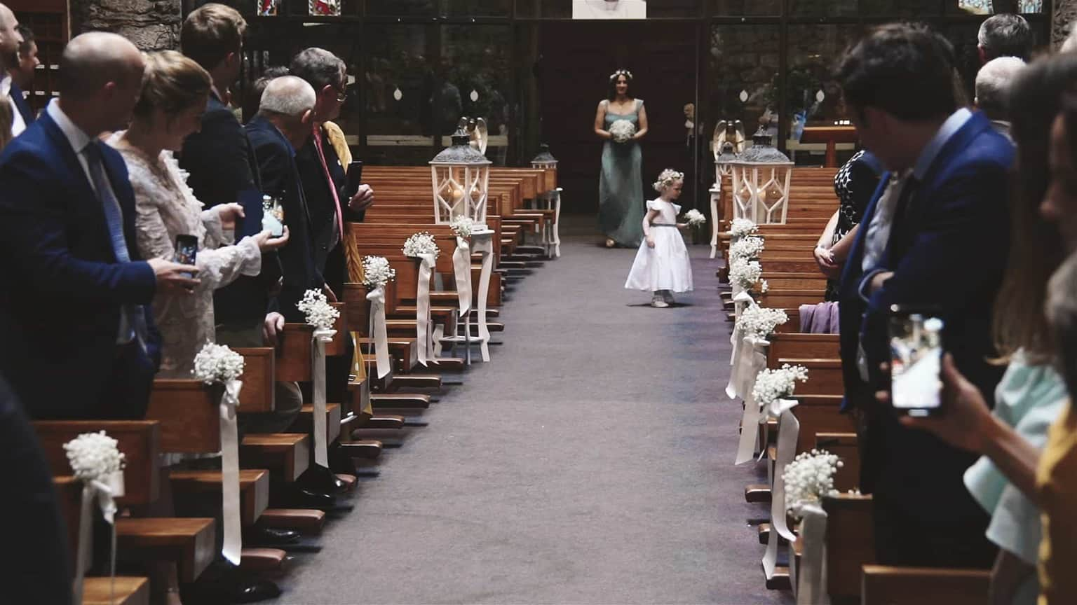 flower girl decide to live church.