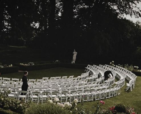 Tinakilly House outside wedding cenremony