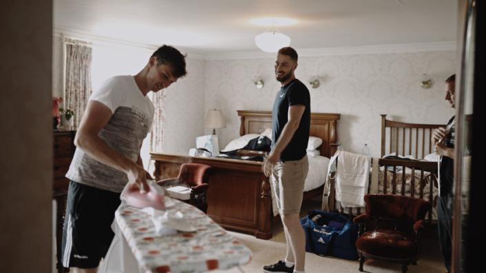ironing suit shirt